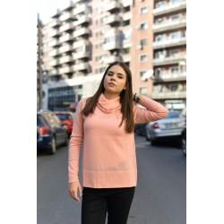 Pulover roz prafuit guler amplu 100 % lana extrafina merinos